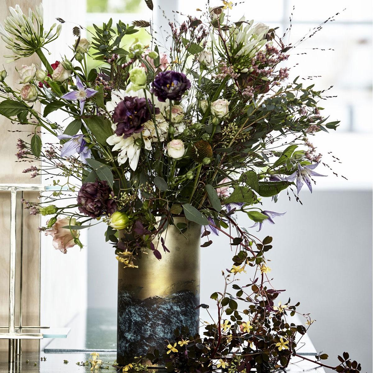 house doctor verdi brass vase i messing belagt i st l. Black Bedroom Furniture Sets. Home Design Ideas